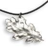 * Oak Leaf Pendant Leather (M)!